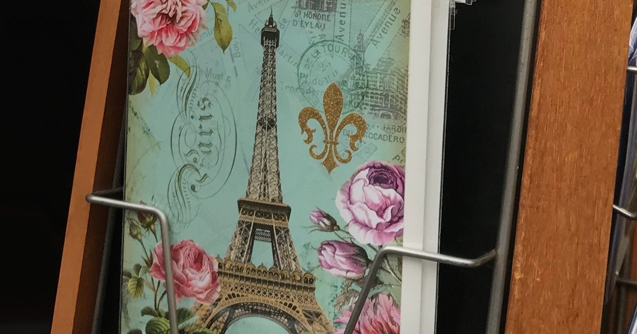 The Charming French Custom of Wishing Cards